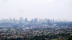 Oh Manila...your smog can make Los Angeles envious!